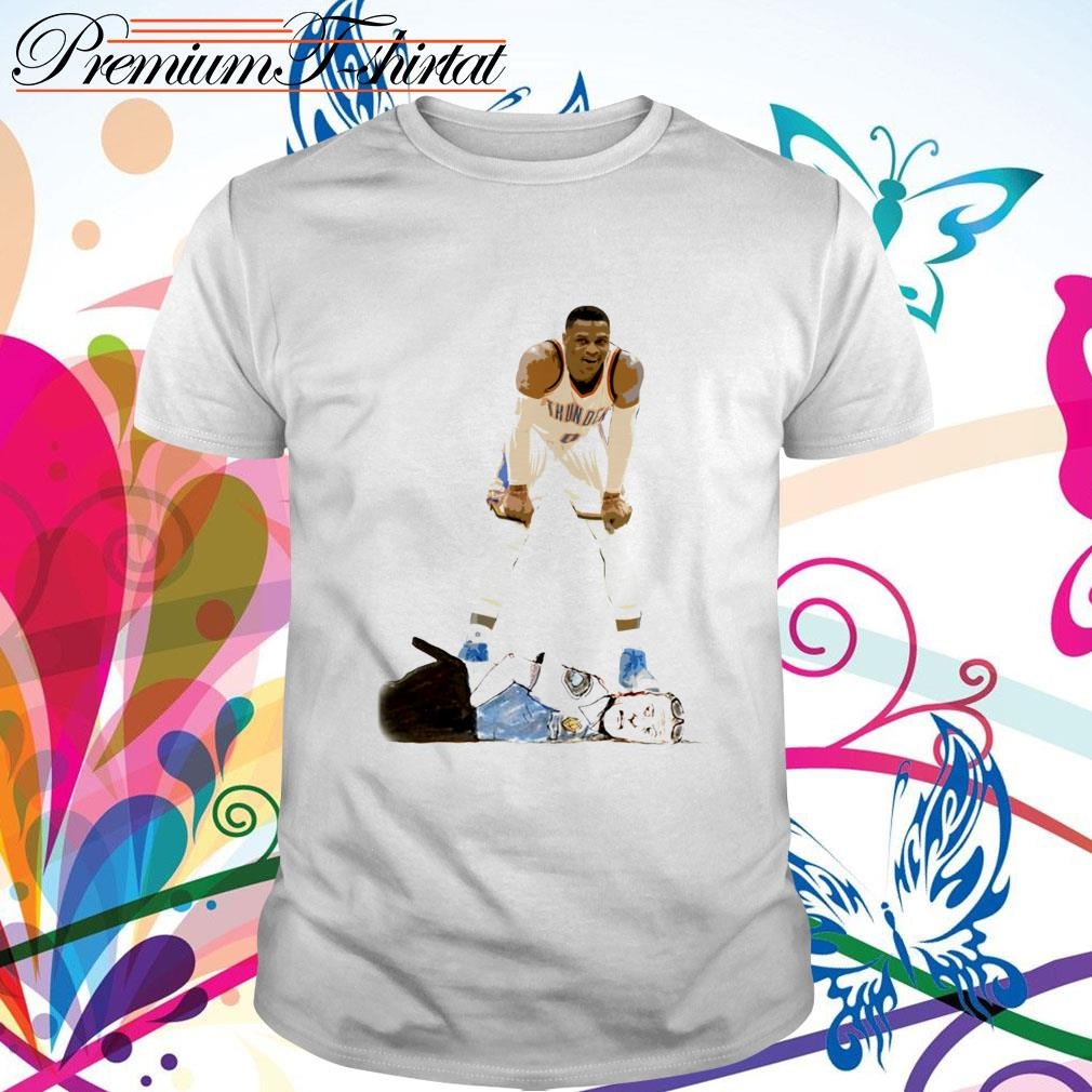 Russell Westbrook kneeling on the neck police shirt